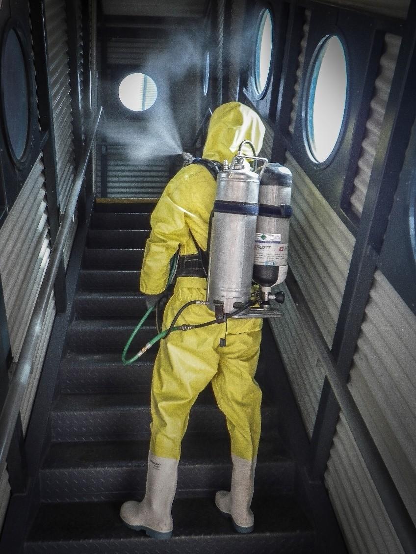 Dezinfekce proti COVID-19 na Letišti Praha