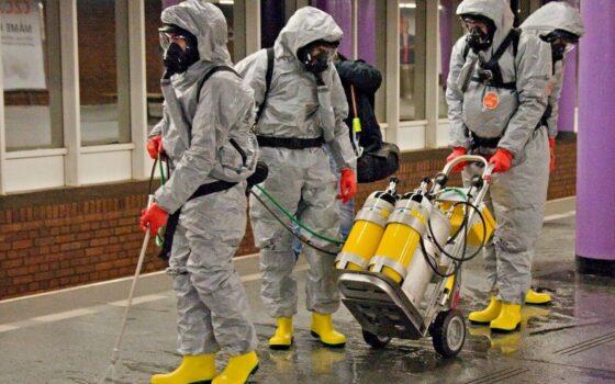 Dekontaminace nástupiště metra